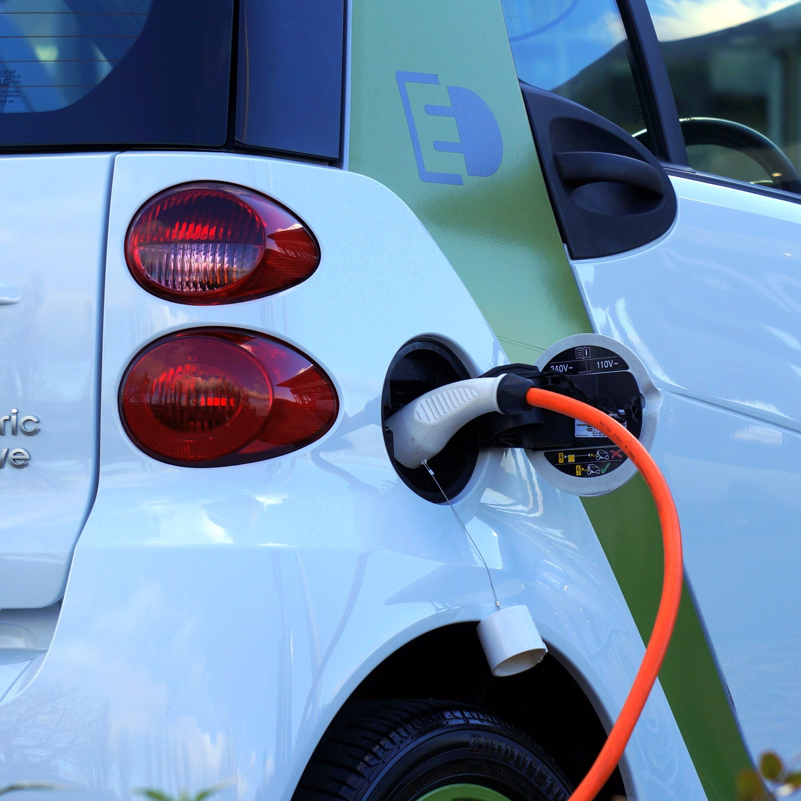 Electric Cars in India: The Clear Picture