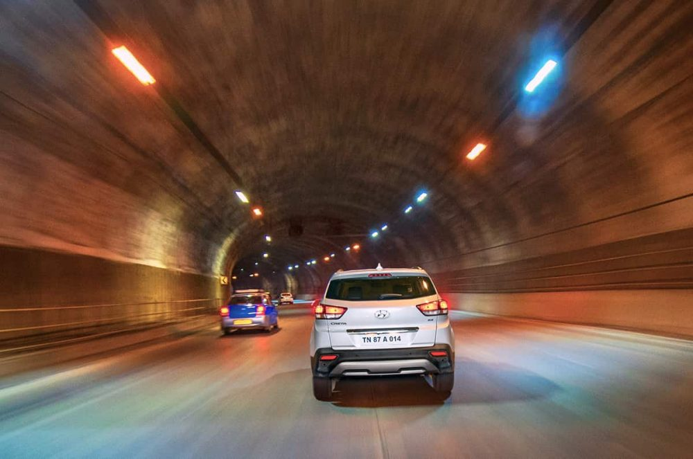 How to Drive Your Car Safely In A Tunnel? Best Tunnel Driving Habits